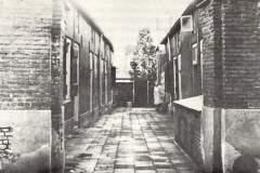de Gasthuissteeg naast het pand vroeger