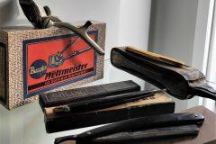 vintage slijpsteen, nekmessen, handtondeuse en aanzetleer